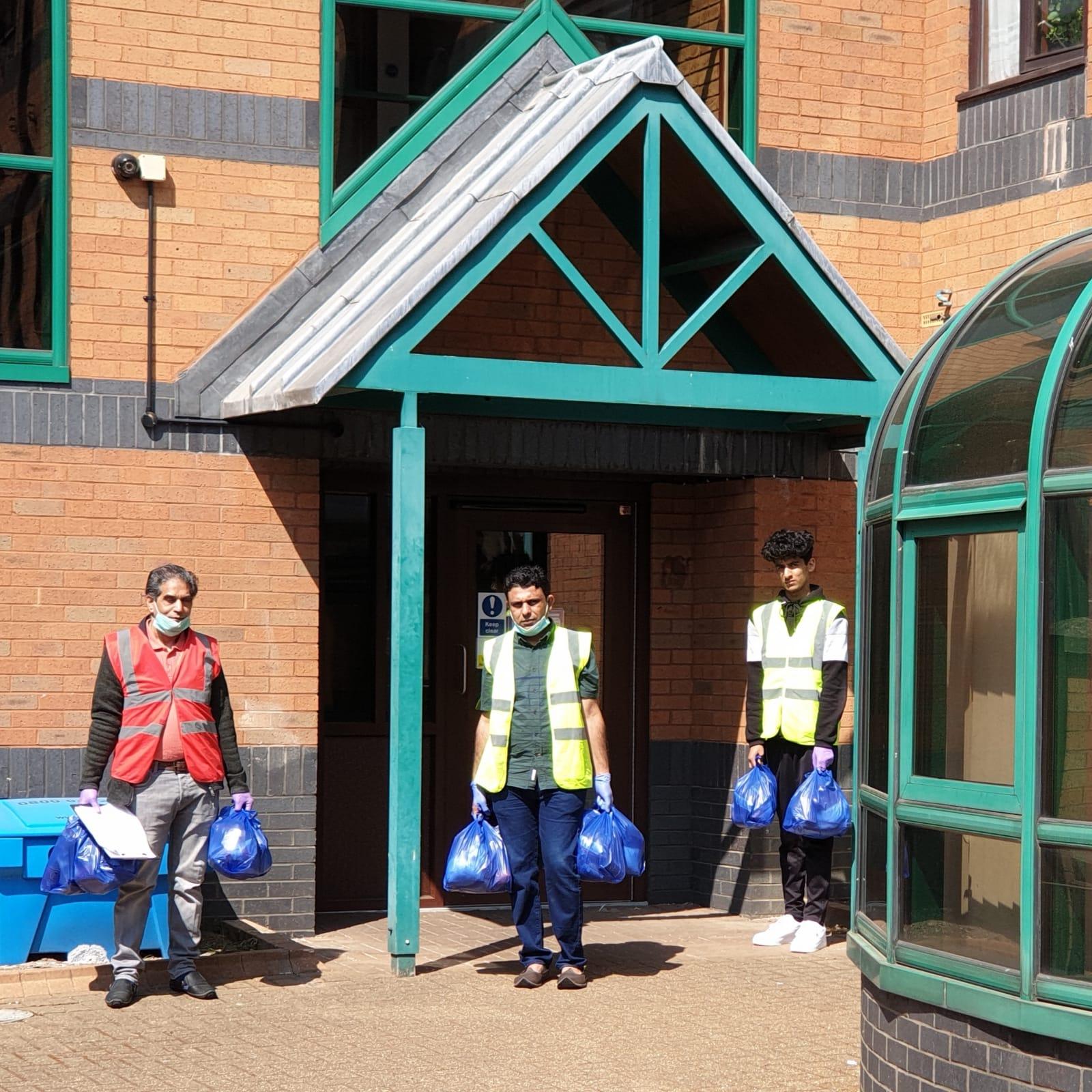 Volunteers delivering parcels to shielding residents